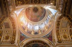 St Petersburg, Rússia, interior da catedral do St Isaacs Imagens de Stock