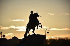 St Petersburg, Rússia Monumento a Peter o grande fotos de stock royalty free