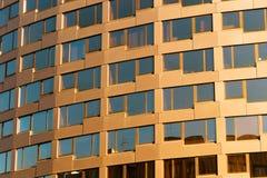 St Petersburg, Rosja - 28 2017 Czerwiec: projekt nowożytne fasady w St Petersburg Zdjęcia Stock