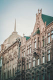 ST PETERSBURG ROSJA, Lipiec, - 26: Europejska fasada z okno w historycznym budynku w świętym Petersburg, Rosja, Lipiec 26 fotografia stock