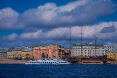 ST PETERSBURG, ROSJA, 01 2018 MAJ: Stara fregata Letuchiy Gollandets: Galeonu statek zawiera salowego Obrazy Royalty Free