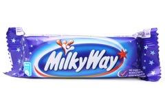 ST PETERSBURG ROSJA, Wrzesień, - 18, 2014: Fotografia Milky sposobu czekoladowy bar na białym tle Robić Mars, Przyłączonym Zdjęcie Royalty Free
