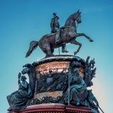 St Petersburg Rosja, Wrzesień, - 24, 2017: Zabytek Nicholas Ja, brązowy equestrian zabytek Nicholas Ja Obraz Royalty Free