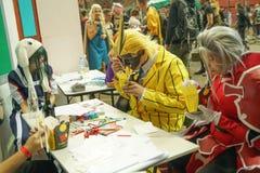 St Petersburg RU/Ryssland - 04 27 2019: Epos lurar St Petersburg cosplay festligt Illustrativ ledare royaltyfria foton