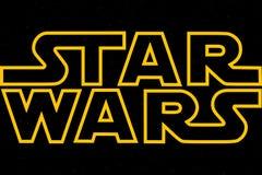 ST PETERSBURG, RUSIA - 6 DE ABRIL DE 2019: Las Guerras de las Galaxias son el título de la trilogía y del noveno episodio Editori libre illustration