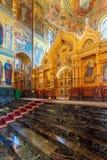 ST PETERSBURG, RUSIA - 26 DE JULIO DE 2014: Interior del Churc Fotografía de archivo