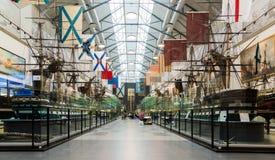 St. Petersburg, Rusland - Juni 02 2017 Binnenland van Zeemuseum in Kryukov-Barakken Royalty-vrije Stock Fotografie