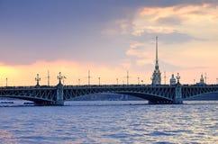 St Petersburg, Russia, all'indicatore luminoso di sera Fotografia Stock Libera da Diritti