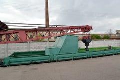 ST petersburg russia Fragment av den ingen järnväg Yanvaretsen DZh45 kran 71 Royaltyfri Bild