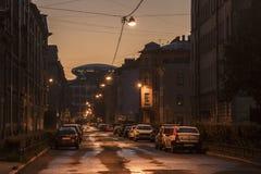 ST PETERSBURG, RUSSIA - 11 LUGLIO 2018: via di notte, lampada immagine stock libera da diritti