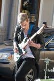 St Petersburg, Russia-settembre 09,2016: Il musicista della via gioca sulla via di St Petersburg Fotografie Stock Libere da Diritti