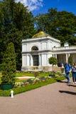 ST PETERSBURG, RUSSIE - 2 AOÛT 2015 : Colonnades de Voronikhinsky Images stock
