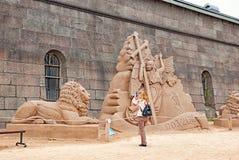 St Petersburg Russie Le festival de sculpture en sable Image stock