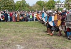 St Petersburg, Russie - 27 mai 2017 : Bataille démonstrative chez Viking Festival à St Petersburg, Russie Photos libres de droits