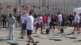St Petersburg, Russland Die Wettbewerbe beim Powerlifting unter Frauen stock video