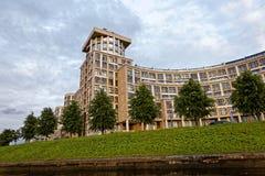 ST PETERSBURG, RUSSLAND - 9. JULI 2017: Omega-Haus auf dem Pesochnaya-Damm in St Petersburg, Russland Lizenzfreies Stockbild