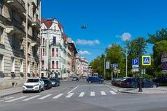 St Petersburg, Russland - 4. Juni 2017 Allgemeine Ansicht von Straße Kronverksky-Allee Stockbilder