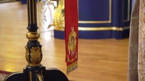 ST PETERSBURG, RUSSLAND - 10. JUNI 2019: Christentumskathedraleninnenraum stock footage