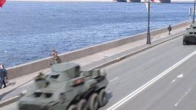St Petersburg, Russland am 8. Mai 2019 milit?rische Ausr?stung an der Wiederholung der Parade zu Ehren Victory Days am 9. Mai Pre stock video footage