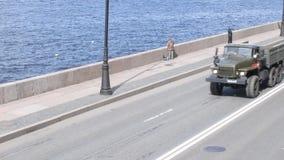 St Petersburg, Russland am 8. Mai 2019 milit?rische Ausr?stung an der Wiederholung der Parade zu Ehren Victory Days am 9. Mai Pre stock footage