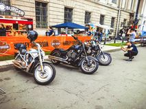 St Petersburg, Russland, 06 08 2017: Motorrad auf den Straßen von St Petersburg Lizenzfreies Stockfoto