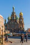 St Petersburg Ryssland - Juni 04 2017 Kyrkan av frälsaren på det spillda blodet Royaltyfri Bild