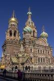 29 06 2017 St Petersburg, Ryssland Otta på den Nevsky utsikten Arkivbild