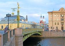 St Petersburg Ryssland Panteleymonovsky bro Royaltyfri Foto
