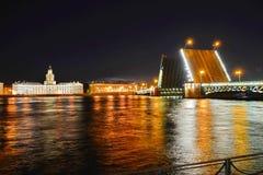 St Petersburg slottbro Royaltyfri Bild