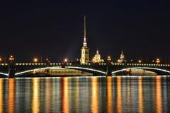 St Petersburg Trinitybro Royaltyfria Foton