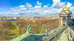 St Petersburg vom Dach Lizenzfreie Stockfotos