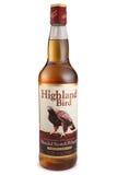 ST PETERSBURGO, RÚSSIA - 12 de dezembro de 2015: Garrafa do pássaro das montanhas, uísque escocês misturado, Escócia Foto de Stock