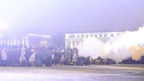 ST PETERSBURGO, RUSIA - 27 de enero 2017: Día de gloria militar de Rusia - día de liberación completa de Leningrad de almacen de video