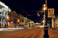ST PETERSBURGO, RUSIA - 9 DE ENERO DE 2016: opinión de la noche de Christm Imagen de archivo libre de regalías