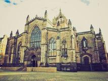 St retro Giles Church de la mirada Imagenes de archivo