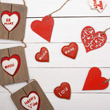 Söt saker för valentin dag Wood hjärta, kakor, fotoram Royaltyfri Bild