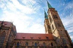 St Sebaldus Kerk in oude stad Nuremberg Nurnberg, Beieren, Ger stock foto's