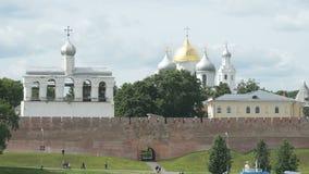 St Sophia Cathedral i Veliky Novgorod, Ryssland stock video