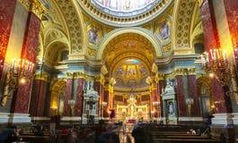 St Stephen Basiliekbinnenland, Boedapest, Hongarije royalty-vrije stock afbeeldingen