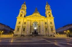 St Stephen Basilika an der Dämmerung, Budapest, Ungarn Lizenzfreie Stockbilder