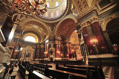 St Stephen domkyrkainre fotografering för bildbyråer