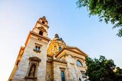 St Stephen ` s Basiliek, de grootste kerk in Boedapest Stock Fotografie