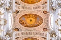 St Stephen ` s Kathedraal in Passau Royalty-vrije Stock Foto's
