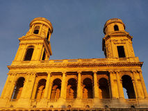 St. Sulpice Church in Paris bei Sonnenuntergang Stockfotografie