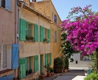 St Tropez - архитектура города стоковое изображение