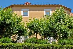 St Tropez - архитектура города стоковое фото