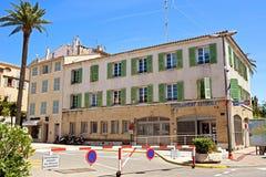 St Tropez - здание жандармерии стоковое фото rf