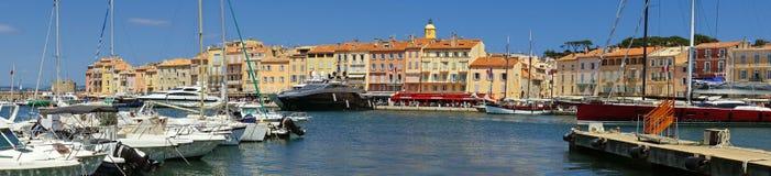 St Tropez - панорамный взгляд стоковые изображения