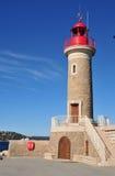 St Tropez; Франция - 18-ое апреля 2016: маяк стоковые фото