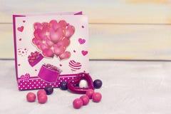 St-valentin gåvor Royaltyfri Fotografi